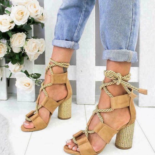Топ модел- бежави сандали