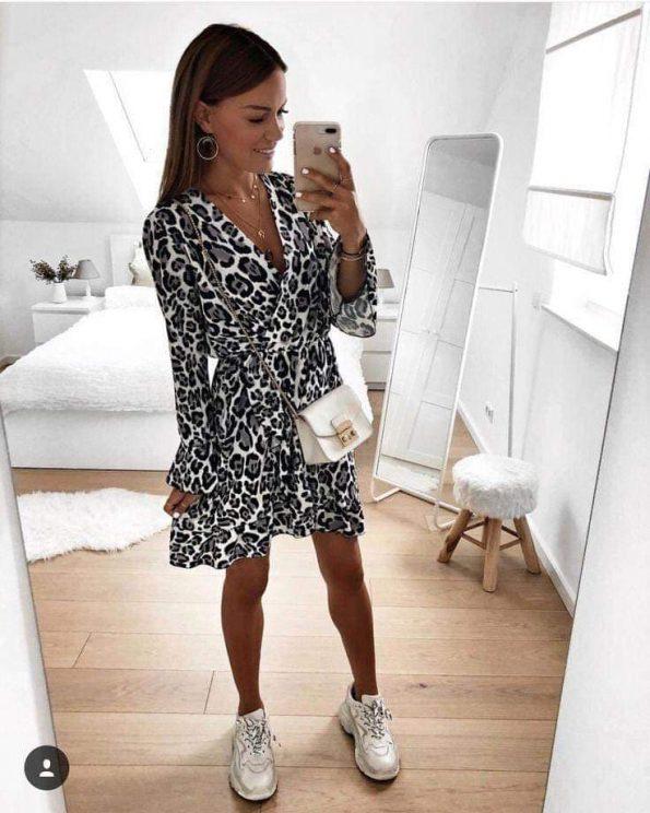 Страхотна пантерова рокля
