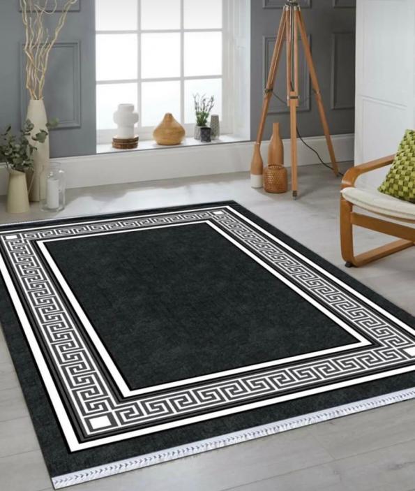Черно-бяло килимче